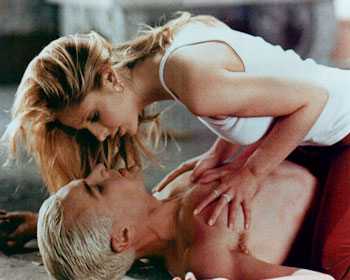 Couples TV preferes - Page 3 Buffy_spike01